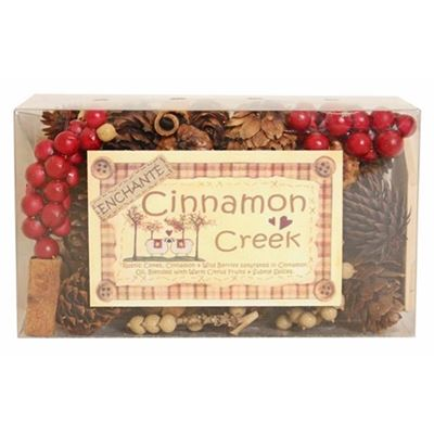 Cinnamon Creek Berry & Cone Box