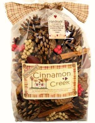 Cinnamon Creek Large Cones and Pods Scented Bag 500g