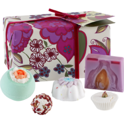 Vintage Velvet Bath Treat Gift Box